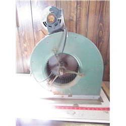 "SQUIRREL FAN WITH MOTOR (7"" X 10"" OPENING) *18"" SQUARE BASE X 23"" HIGH*"