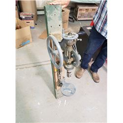 DRILL PRESS EXCELLENT CONDITION (COMES WITH BITS, BLOWER AND FORGE)