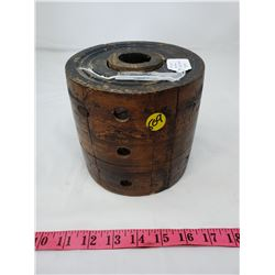 WOODEN PULLEY (6 INCH X 6 INCH)