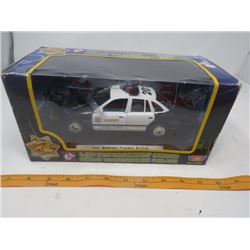 DIE CAST TOY CAR (NOS) *MOTOR MAX* (L.A. COUNTY POLICE) *LAW ENFORCEMENT SERIES*