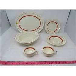 LOT OF 6 DISHES (PLATTER, LARGE BOWL, 2 X CUPS, AND 2 X SOUP BOWLS)