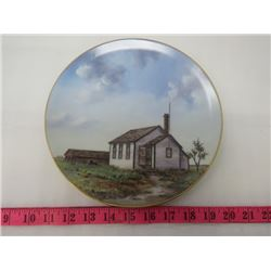 PLATE IN BOX (ONE ROOM COUNTRY SCHOOL)