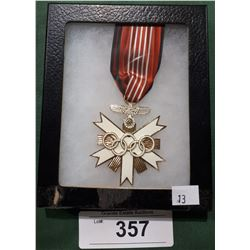 WWII NAZI OLYMPIC MEDAL - REPRODUCTION IN DISPLAY BOX