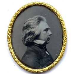 1/9 plate oval Daguerreotype   SHOWING OFF HIS HAIR.