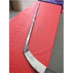 HOCKEY STICK (EASTON SYNERGY) *SIGNED*