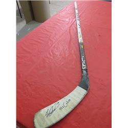 HOCKEY STICK (BAUER VAPOR LITE) *SIGNED*