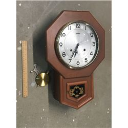 SABRE 31 DAY KEY WIND CLOCK