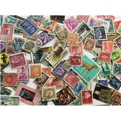 LOT OF VINTAGE WORLD STAMPS