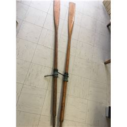PAIR OF WOODEN OARS (VINTAGE)