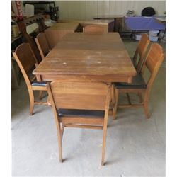 DINING ROOM TABLE AND 6 CHAIRS (5 X SIDE CHAIRS) *1 CAPTAIN'S CHAIR* (SCISSOR LEAF)