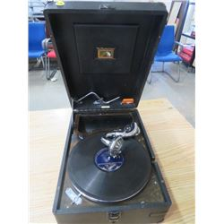 PORTABLE RECORD PLAYER (HIS MASTERS VOICE) *WIND UP*