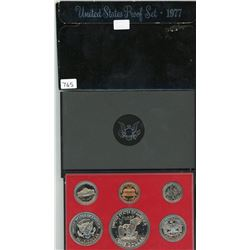 PROOF SET (USA) *1977* (6 COINS) *PLASTIC DISPLAY CASE*