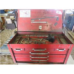 TOOL BOX (METAL) *6 DRAWER* (INCLUDES MISC TOOLS INSIDE)