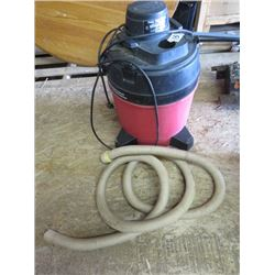 SHOP VAC (MODEL 725H) *120 VOLT* (6.5 AMPS) *8 GALLONS*