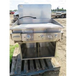 BARBECUE (KEATING MIRACLEAN) *MISSING FRONT DOORS AND SHELVING* (2' GRILLING SURFACE)