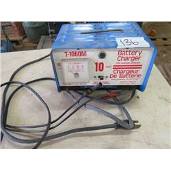 BATTERY CHARGER (10 AMP) *OVERLOAD PROTECTION*