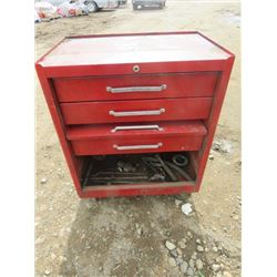"""TOOL BOX (6 DRAWERS) *26"""" X 24"""" X 12""""* (CONTENTS INCLUDED)"""