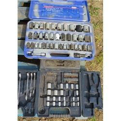 LOT OF ASSORTED SOCKETS (IN 3 CASES)