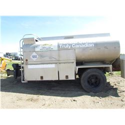 APPROX 1500 GALLON FUEL TANK TRAILER (COMES WITH PUMPS, GAUGES, HOSES) *NOT SAFETIED*