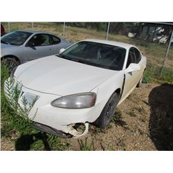 2007 Pontiac Grand Prix (white) SALVAGE