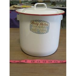 COOK POT (PORCELAIN) *LADY HELEN* (EXCLUSIVELY FOR MACLEOD'S LIMITED WINNIPEG) *WITH LID*