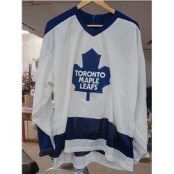 TORONTO MAPLE LEAFS HOCKEY JERSEY (MEN'S XL) *CCM*