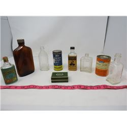LOT OF 9 VINTAGE CONTAINERS (SOME WITH CONTENTS) *6 X SMALL GLASS BOTTLES* (1 CARDBOARD PILL BOX WIT
