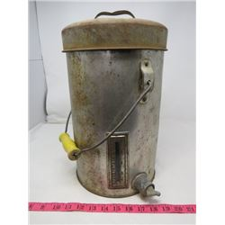 MILK PAIL (WITH TAP AND BUILT IN MEASURE) *VINTAGE*