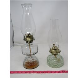 LOT OF 2 OIL LAMPS (NUMBER 2)