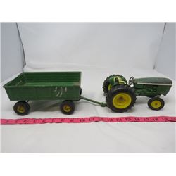 LOT OF 2 DIE CAST TOYS ( TRACTOR AND WAGON)