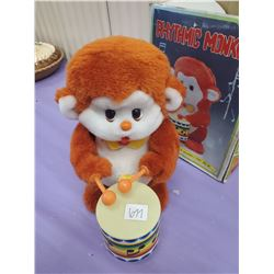RHYTHMIC MONKEY WITH BOX- BATTERY OPERATED