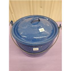BLUE ENAMEL COOKING POT WITH LID