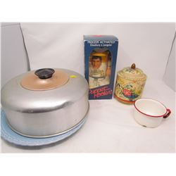 KITCHEN LOT (CAKE TRAY WITH LID, PUPPET COOLER, ETC…)