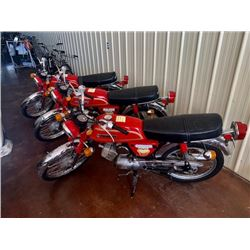 EXCLUSIVE MOTORCYCLE COLLECTION THREE 1978 SUZUKI A100 SHRINER MOTORCYCLES WITH LOW LOW KM 3 FOR 1 N