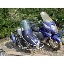 Honda Silver Wing 600cc 2006 11000km (1 proprio) with Side car