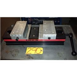 Chick Self Centering Vise 8''