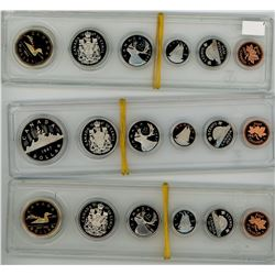 LOT OF 3 CANADIAN COIN PROOFSETS IN PLASTIC CASES (1987, 1992, 1989) *1 CENT TO ONE DOLLAR COINS*