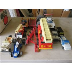 BOX OF ASSORTED TOY VEHICLES