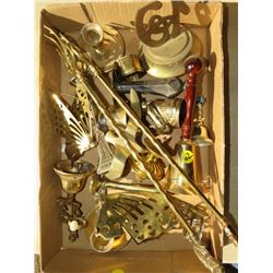 LOT OF ASSORTED BRASS PIECES
