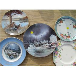 LOT OF 6 DECORATIVE PLATES