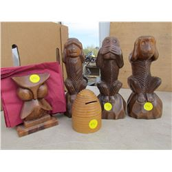 LOT OF ASSORTED WOOD CARVINGS