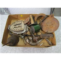 LOT OF TRIVETS, OILERS, FUNNEL, 1 HC LID (COLLECTABLES)
