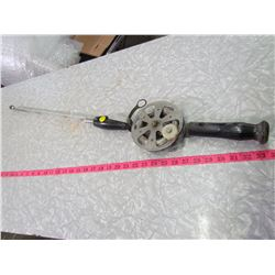 FISHING ROD  AND REEL WITH STEEL LINE (SMALL)