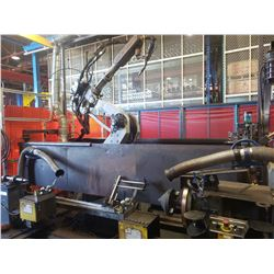 Yaskawa SK16X-6 MOTOMAN articulating Robot Arm with Miller Welder and Positionner plus equipment (te