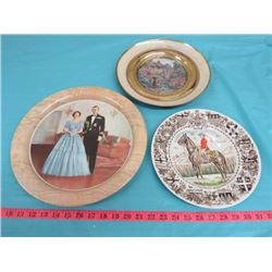 LOT OF 3 DECORATIVE PLATES (1 ROYALTY, 1 RCMP)