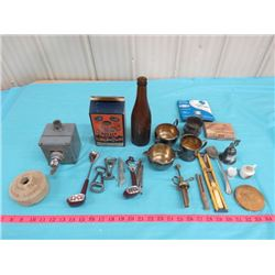 LOT OF ASSORTED ITEMS INCLUDING PHONO-NEEDLES, CLARINET REEDS, BOX OF BOTTLE CAPS, ETC.