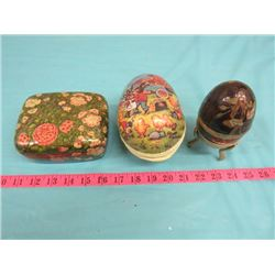 LOT OF ASSORTED ITEMS INCLUDING BRASS EGG, DECORATIVE BOX, ETC.