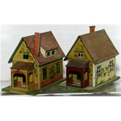 TWO LIONEL #184 BUNGALOWS