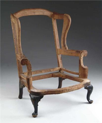 Image 1 : 18TH CENTURY CARVED QUEEN ANNE WING CHAIR FRAME