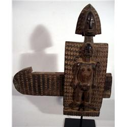 A FINE DOGON DOOR LOCK,c. 1940s of wood sculpted